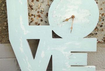 Shabby Chic Clock-Fabulous Functions UK