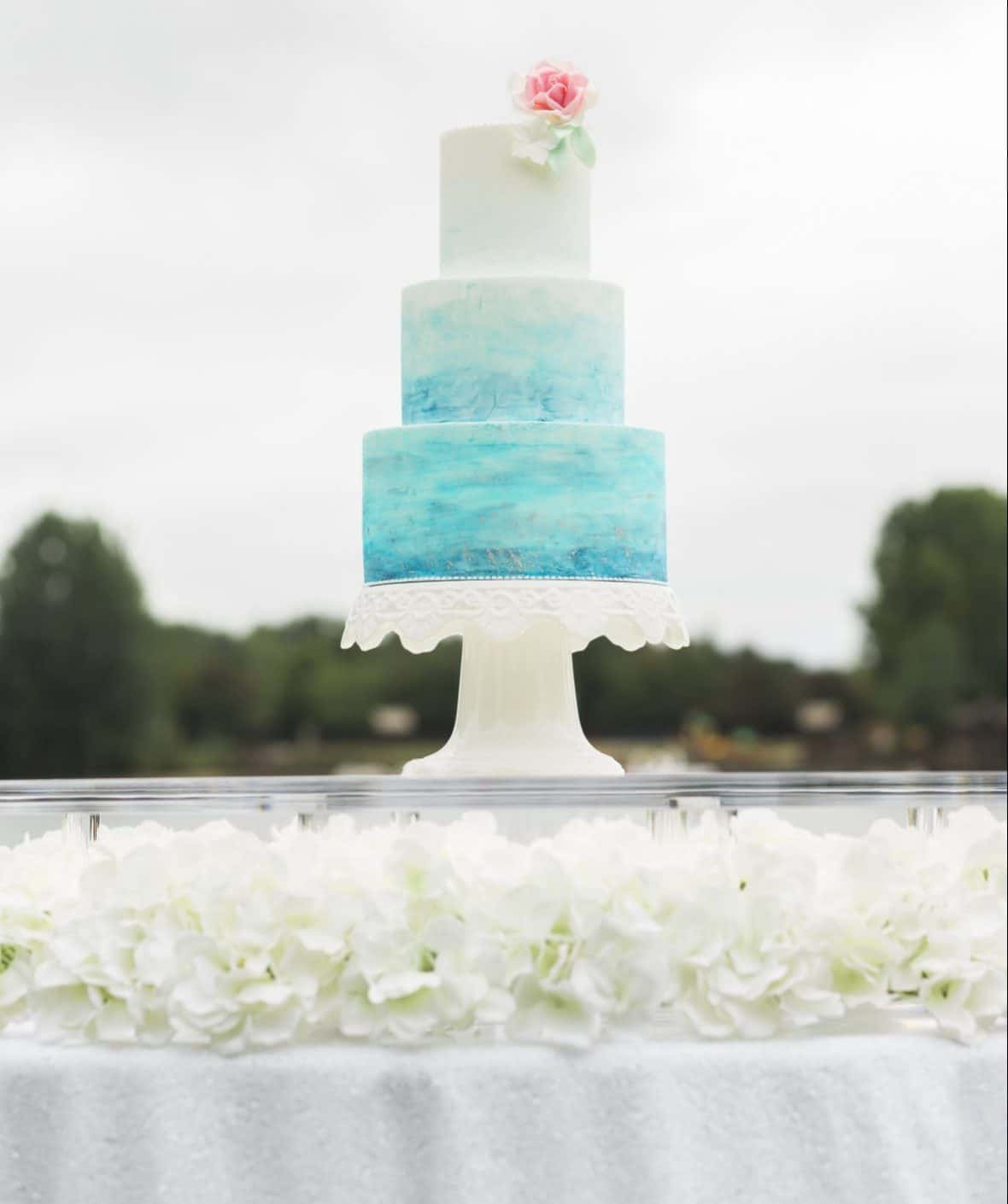 One of your venue accessory could be this floating cake table. Perfect for displaying your wedding or celebration cake.